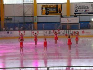 1710_Cheerleader1